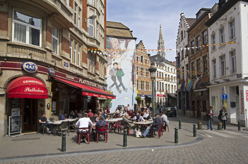 Have a coffee or a cocktail in Brussels