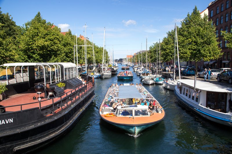 Enjoy the The Grand Canal Tour