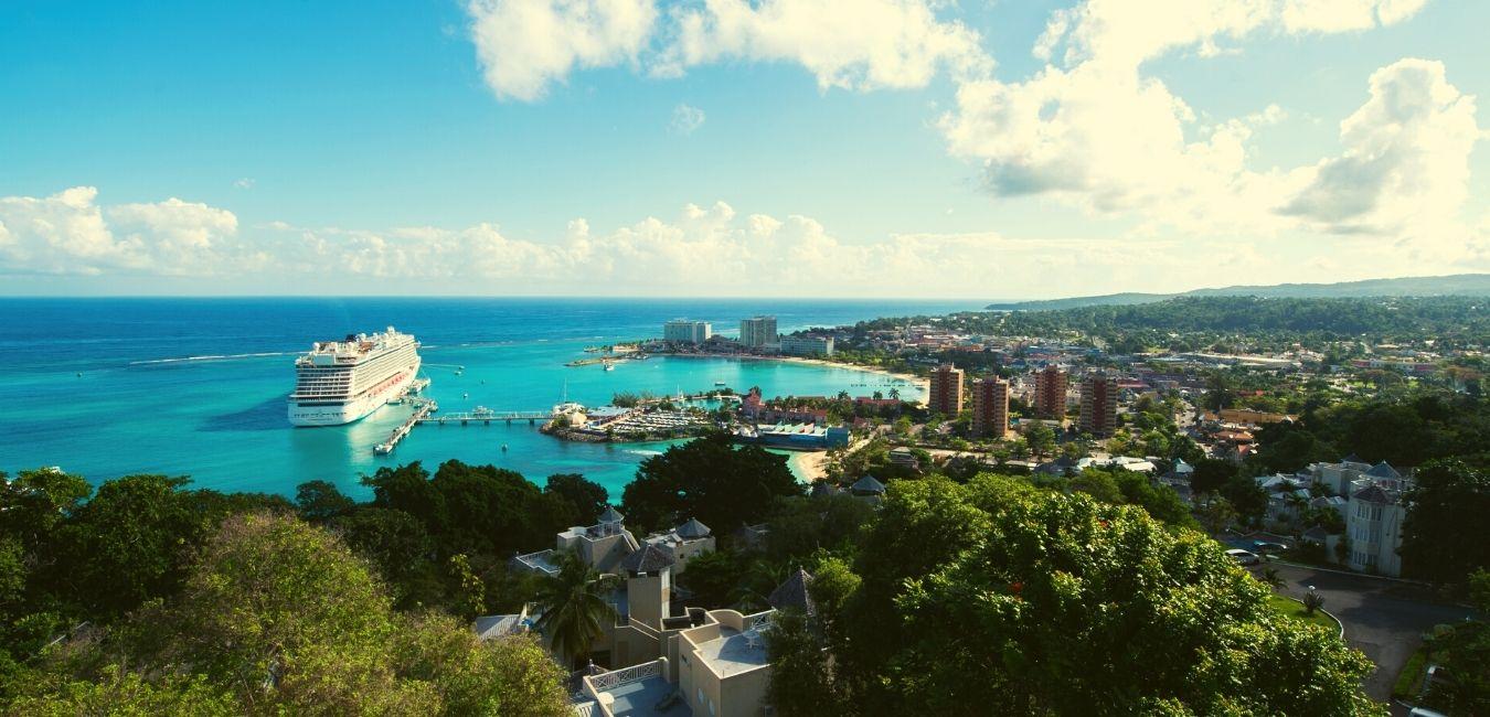 Experience Cruises to Jamaica