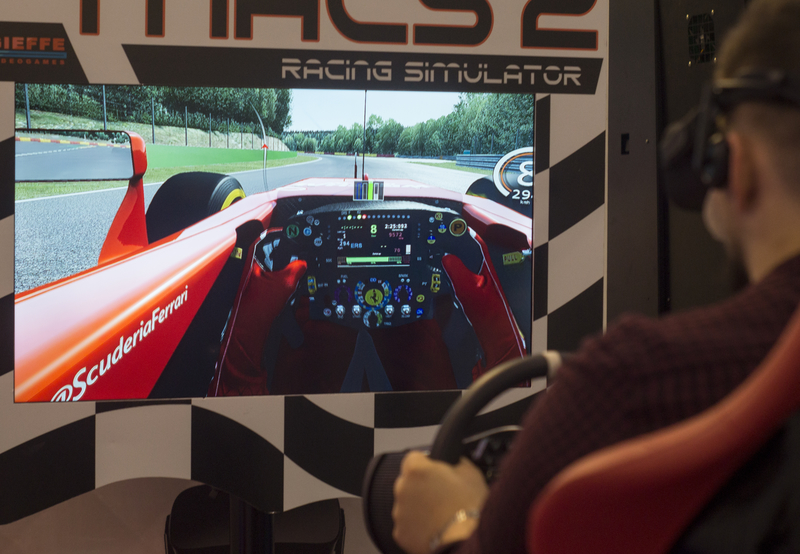 Enter Virtual Reality in Amsterdam Gamehouse